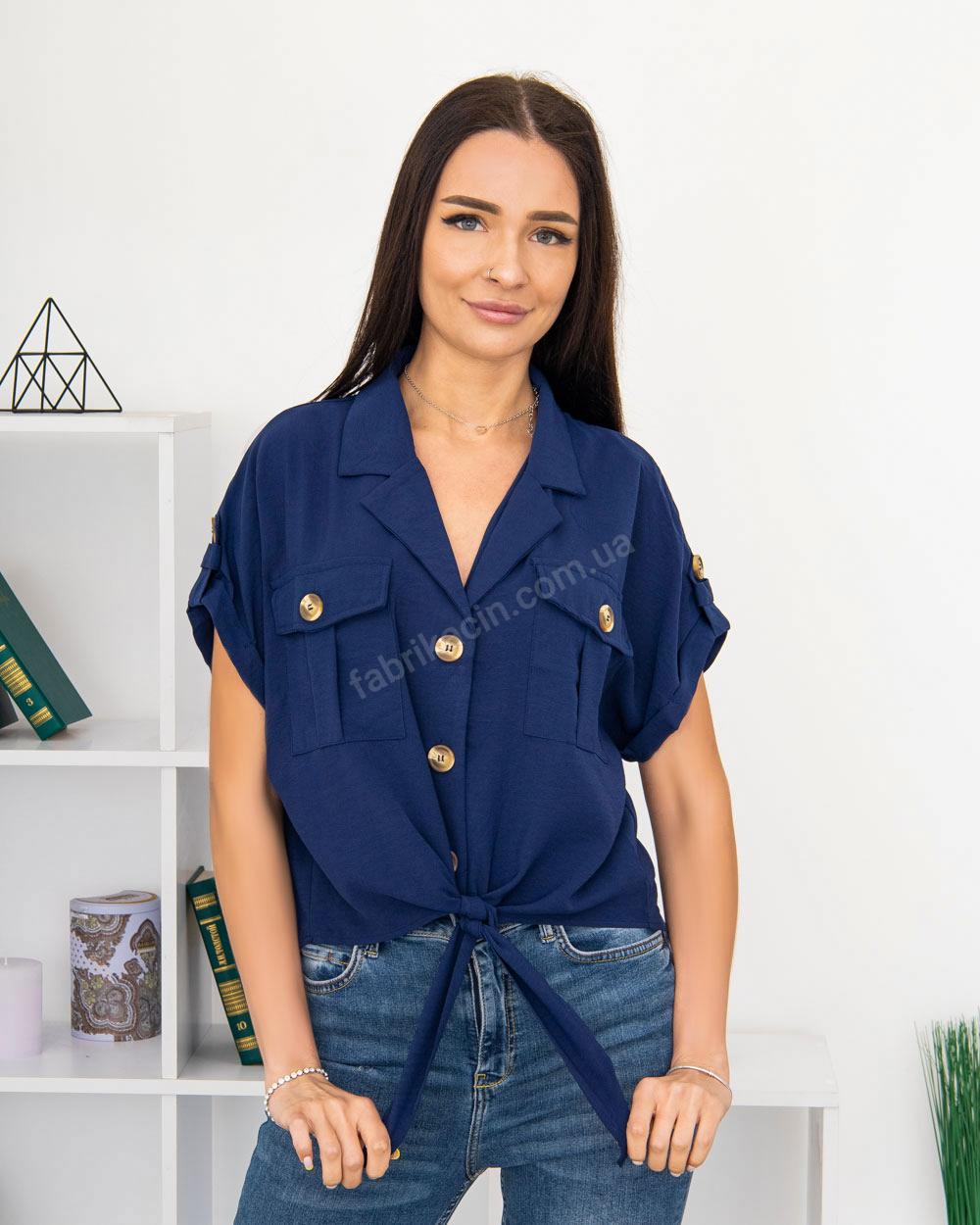 Блузка на пуговицах и завязке с карманами р-р: 50 - 54 цвет: синий - 1